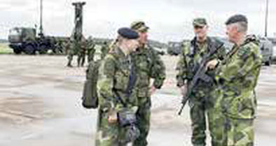 سوئد ارتش دوران جنگ سرد را احیا میکند!