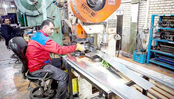نمایندگان مجلس صلاحیت تعیین دستمزد کارگران را ندارند