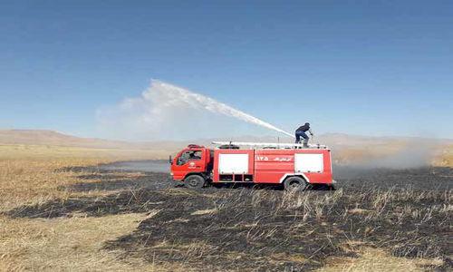 مانور نظامی، باعث حریق  در تالابِ سولدوز دریاچه ارومیه شد!