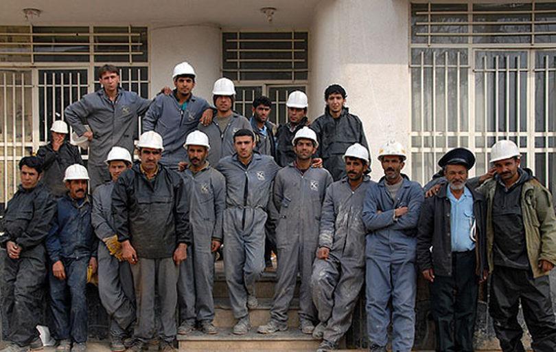 مسئولان به وضعیت معوقات مزدی رسیدگی کنند