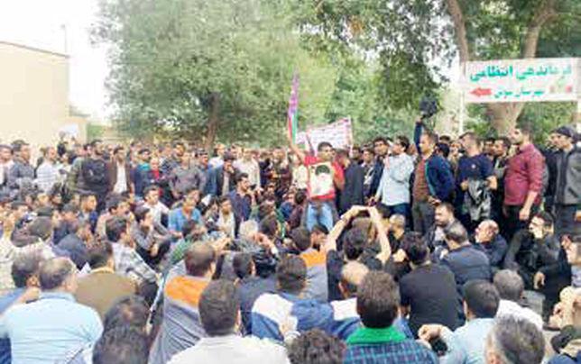 نباید اعتراضهای صنفی را با مسائل امنیتی پیوند  زد