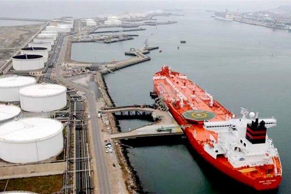 فروش نفت ایران به رغم تحریمها ادامه دارد