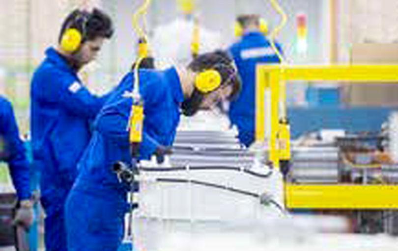 اجرای طرح یارانه دستمزد، گشایشی جدید در امر اشتغال است