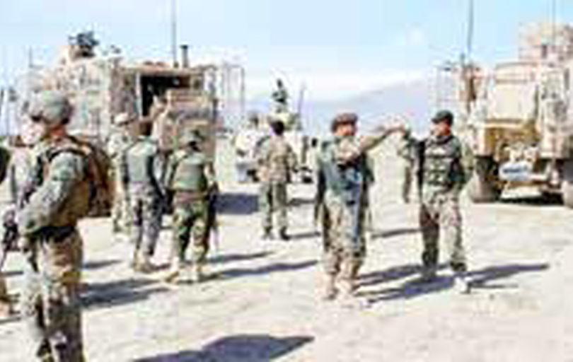 تداوم تبادل آتش میان طالبان و ارتش در غزنی و قندهار