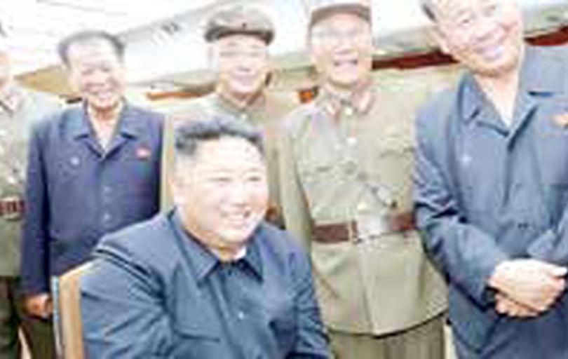 کره شمالی تحریمها را دور زد و برنامه موشکی را ادامه داد