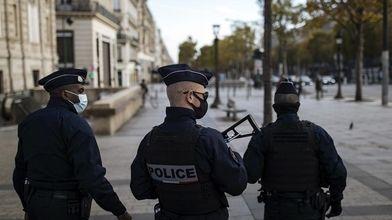 سه پلیس فرانسه بر اثر تیراندازی کشته شدند