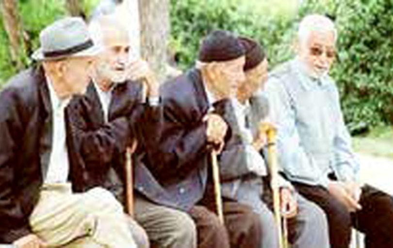 به دنبال جلوگیری از «سالمندآزاری» و «پیریستیزی» هستیم