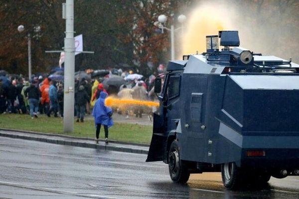 استفاده از سلاح جنگی علیه معترضان در بلاروس مجاز شد!