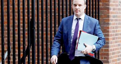 وزیر خارجه بریتانیا مسئولیت اداره کشور را به دست گرفت