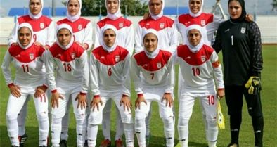 دختران فوتبال امکانات برابر میخواهند