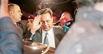 آقای نخستوزیر در محاصره سهمخواهان