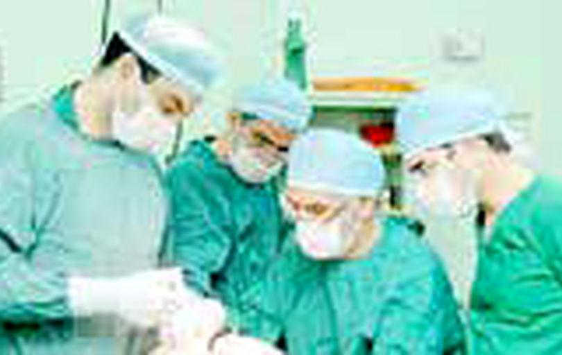 انجام بیش از ۱۸۰۰ عمل جراحی پلاستیک رایگان در کشور