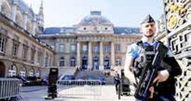 تشدید تدابیر امنیتی در پاریس در آستانه محاکمه عاملان حملات ۲۰۱۵