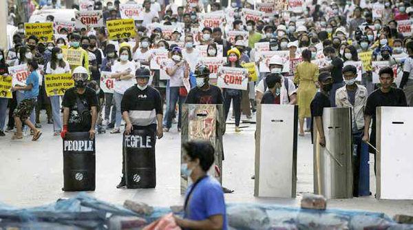 سنگربندی در خیابانها، سیاه و سفید یک کودتا