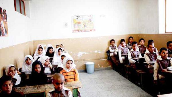 اقامت غیرقانونی ۱۲۳ هزار دانشآموز اتباع در ایران