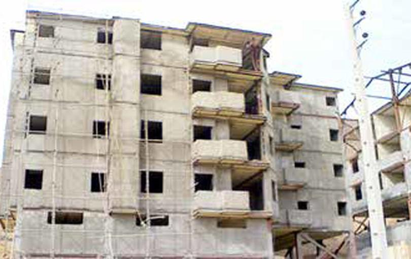 تهدید جان شهروندان از سوی ساختمانهای نیمهکاره و رها شده