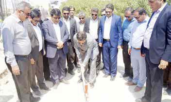 پروژه احداث مجتمع تجاری شهرداری هندیجان با حضور استاندار خوزستان کلنگزنی شد