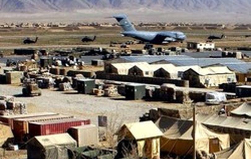دبکا: امارات مشغول ساختن پایگاه نظامی در یمن است